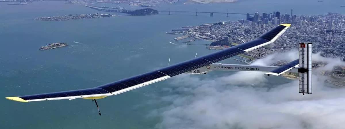 Avión Solar Impulse 2 con células solares SunPower como fuente de energía