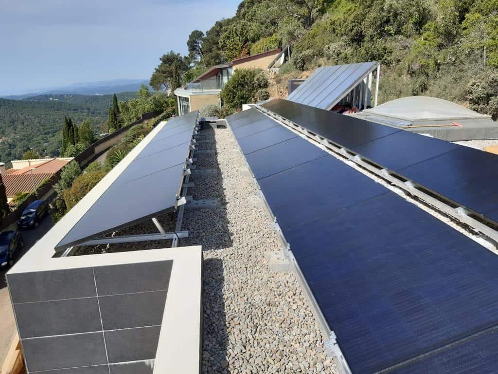 Instalación fotovoltaica para autoconsumo de 10kW en Girona