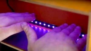 Luz ultravioleta generada por energía solar contra el covid-19