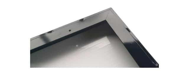 marco de aluminio de un panel solar
